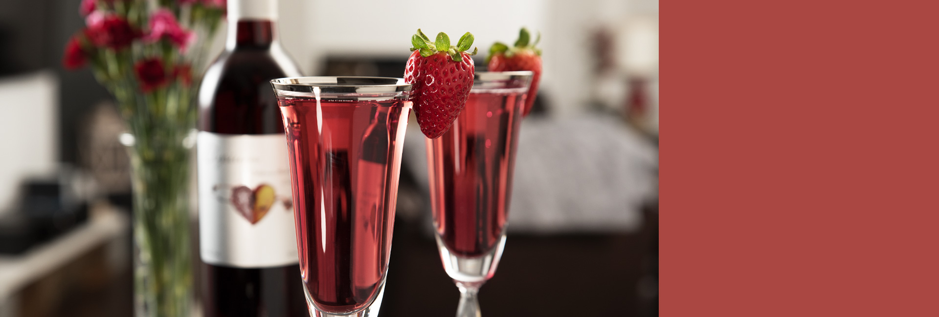valentines day cocktail recipe with elysium black muscat sweet dessert wine sparkling and strawberries